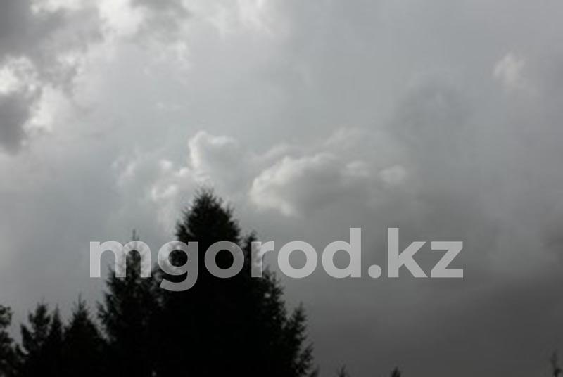 Дождь с грозой ожидается в Уральске Гроза и сильный дождь ожидаются в ЗКО