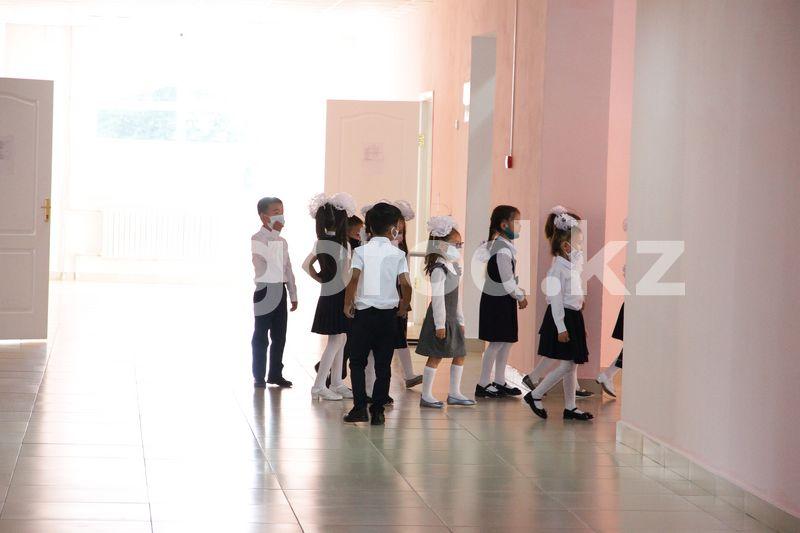 10 школ предложили переименовать в ЗКО Более 70% учащихся Бурлинского района обучаются в школах