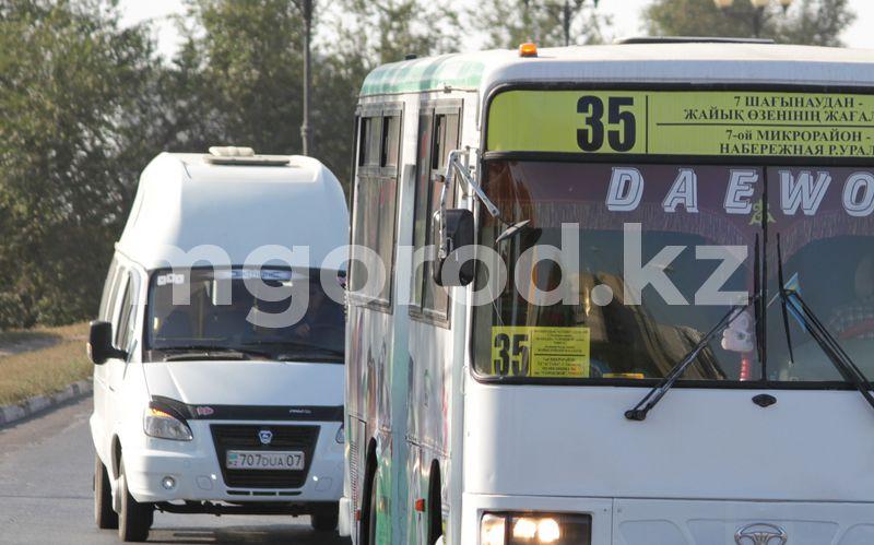 В Уральске по воскресеньям запретили движение автобусов и проведение ярмарок Акимат Уральска расторг договор с одним из перевозчиков