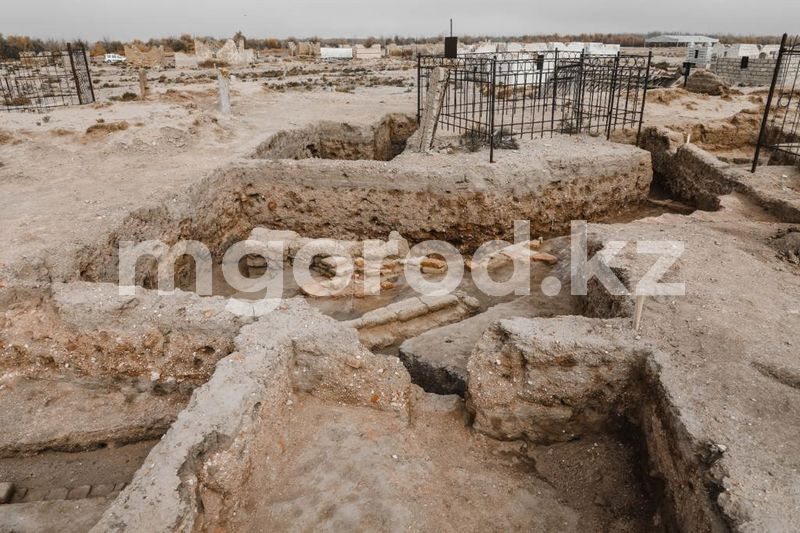 Археологи нашли возможное место захоронения Касым хана в Атырауской области Археологи нашли возможное место захоронения Касым хана в Атырауской области