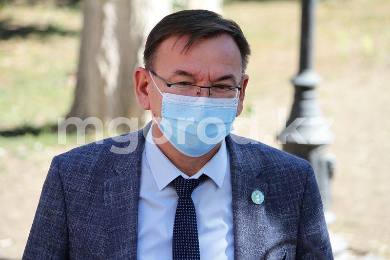 Руководителя управления здравоохранения ЗКО арестовали на два месяца Глава облздрава ЗКО задержан по подозрению в коррупции