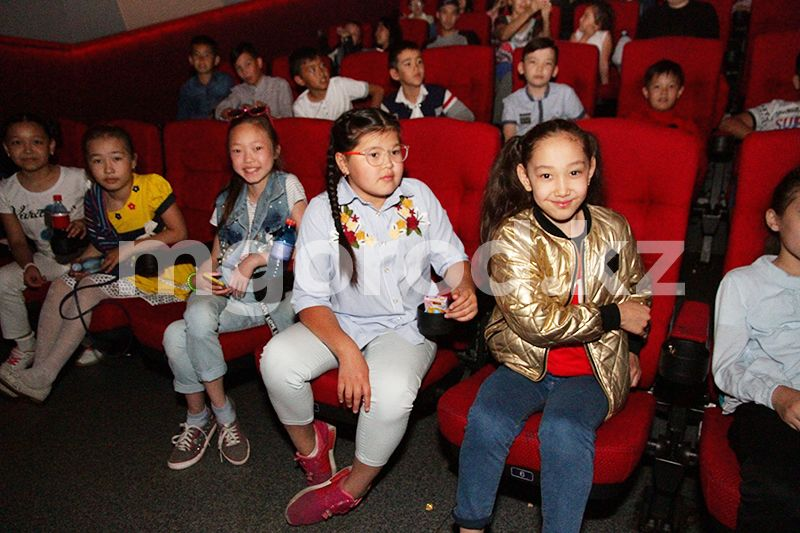 В Казахстане разрешили работать кинотеатрам Кинотеатрам разрешили работать в Казахстане