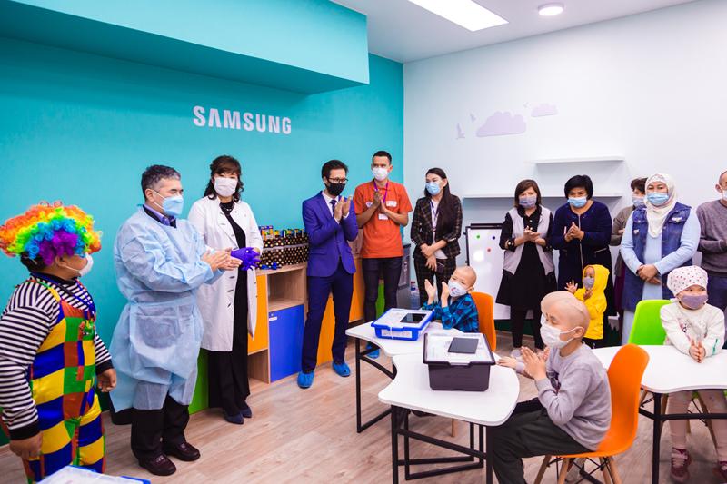 В алматинском Центре онкологии открылся инновационный класс Samsung School В алматинском Центре онкологии открылся инновационный класс Samsung School
