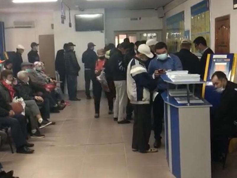 Главный налоговик Актобе избежал наказания за нарушение санитарных норм В Актобе из-за нарушения санитарных норм в налоговую вызвали полицию