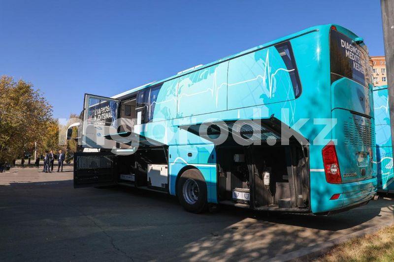 Мобильные медицинские комплексы предоставили пяти районам Атырау Мобильные медицинские комплексы предоставили пяти районам Атырау