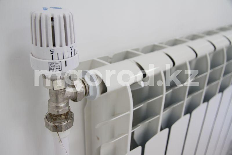 В бесхозные многоэтажки Уральска подадут тепло в последнюю очередь В Уральске отопление включат раньше срока