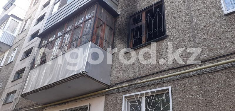 25 жителей многоэтажки эвакуировали из-за пожара в Уральске 25 жителей пятиэтажки эвакуированы из-за пожара в Уральске