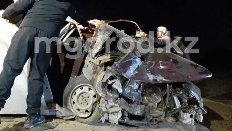 В ЗКО до сих пор расследуют смертельное ДТП с участием пограничников Сотрудники погранслужбы ЗКО на авто врезались в асфальтоукладчик: погиб человек