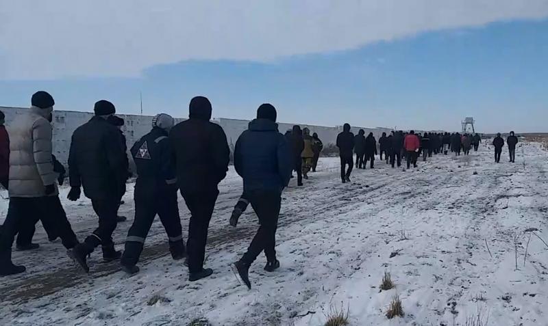 Жители Актюбинской области требуют закрытия свинофермы Жители Актюбинской области требуют закрытия свинофермы