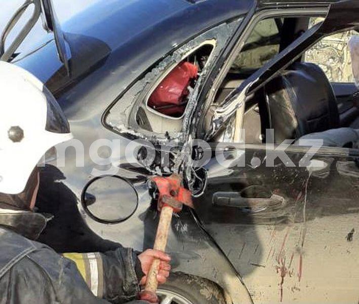 Водитель и два пассажира погибли при столкновении «Волги» и «Гранты» на трассе ЗКО (фото) Водитель и два пассажира погибли при столкновении легковушек на трассе ЗКО (фото)