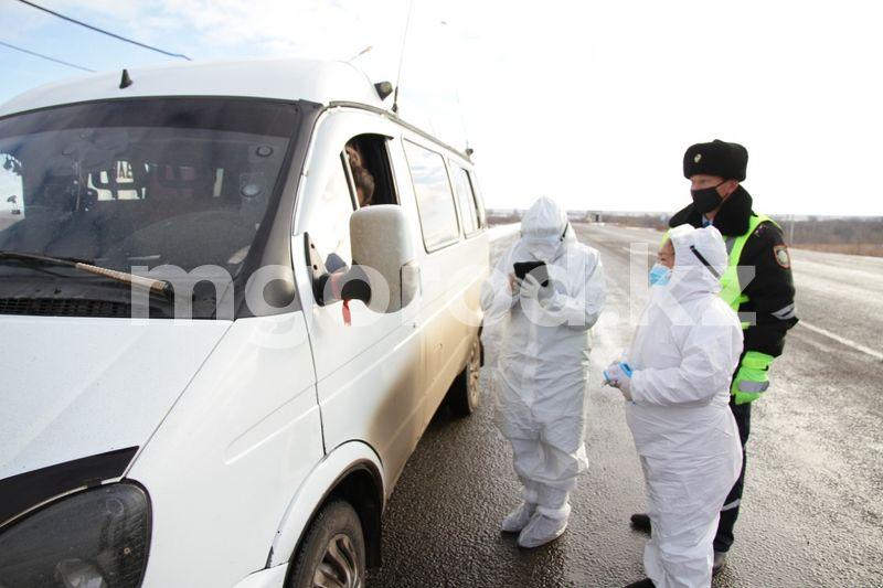 Санпосты выставили на въезде и выезде в село ЗКО Как работают санитарные посты в Уральске (фото, видео)
