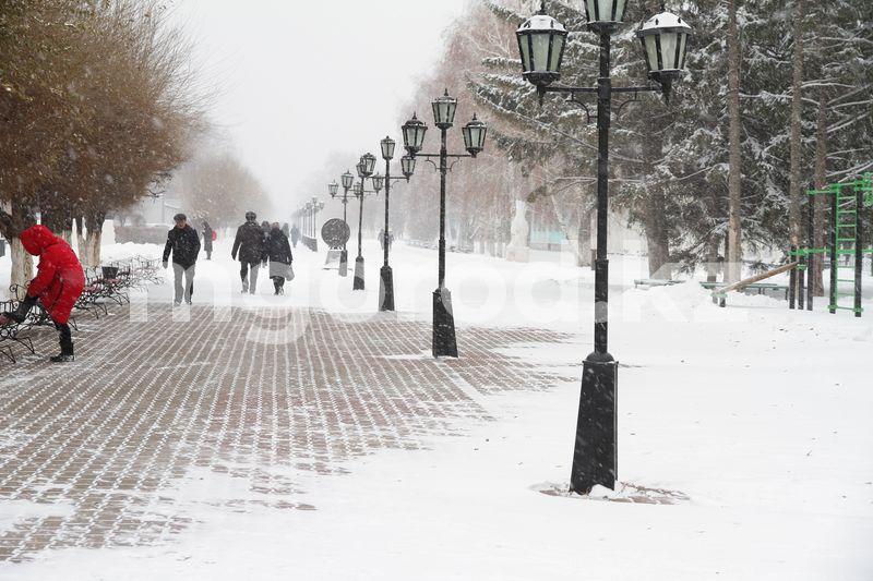 Погода на 30 ноября Около двух тысяч кубометров снега за сутки вывезено из Уральска