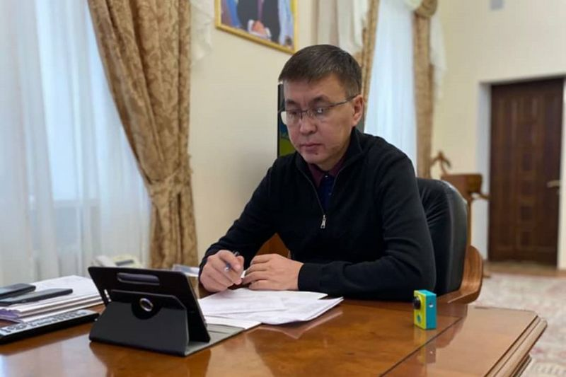 Онлайн прием граждан провел аким Уральска Онлайн прием граждан провел аким Уральска