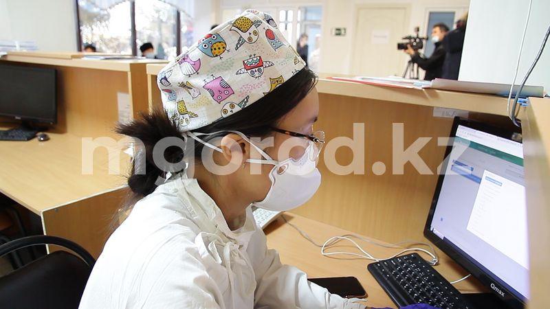 146 жителей Атырауской области заболели COVID-19 за сутки В ЗКО число заболевших COVID-19 достигло 8,8 тысячи человек
