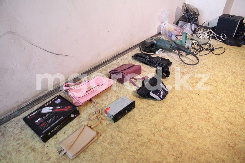 Восемь квартирных краж совершил мужчина в Уральске Восемь квартирных краж совершил мужчина в Уральске