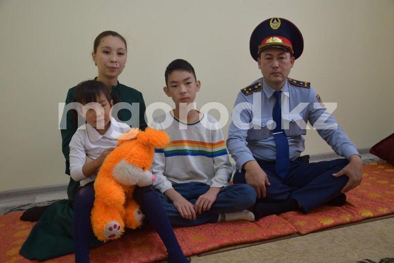 Бывший аким стал полицейским в Атырауской области Аким стал полицейским в Атырауской области