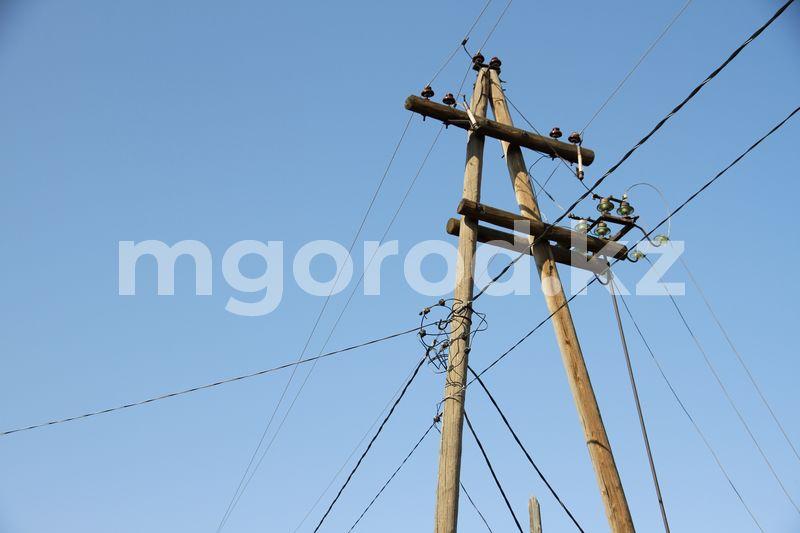В Атырау второй день устраняют аварию, из-за которой часть города осталась без электричества В Атырау второй день устраняют аварию, из-за которой часть города осталась без электричества