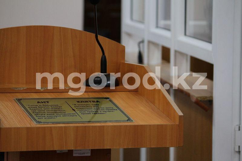 Карагандинцы подали в суд на главного санврача области В ЗКО мать выбросила новорожденного в туалет: дело передано в суд