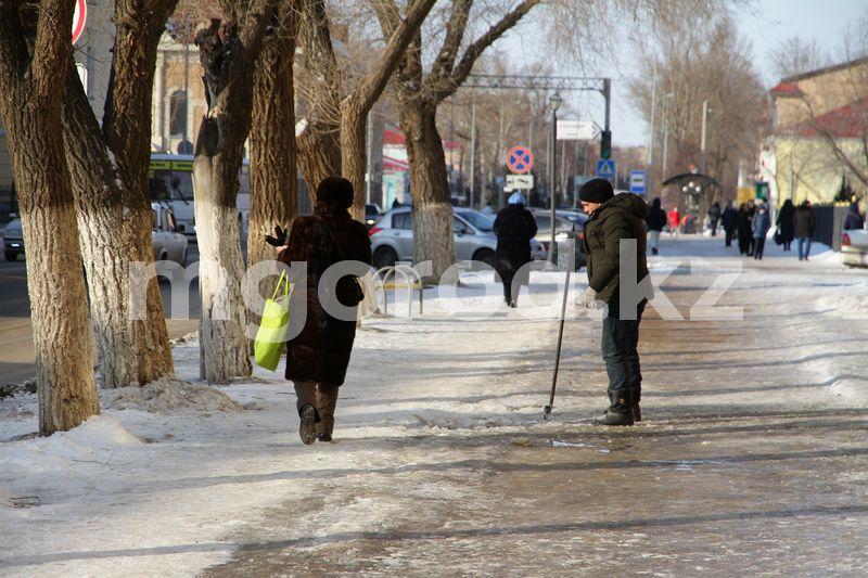 Уральских бизнесменов предупреждают об уборке территорий push-уведомлениями В Уральске запустили push-уведомления предупреждающие об уборке территории бизнес-объектов