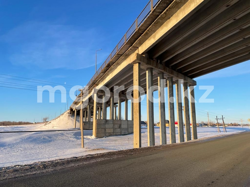 Спрыгнувший с моста подросток был студентом колледжа Подросток спрыгнул с моста в Уральске