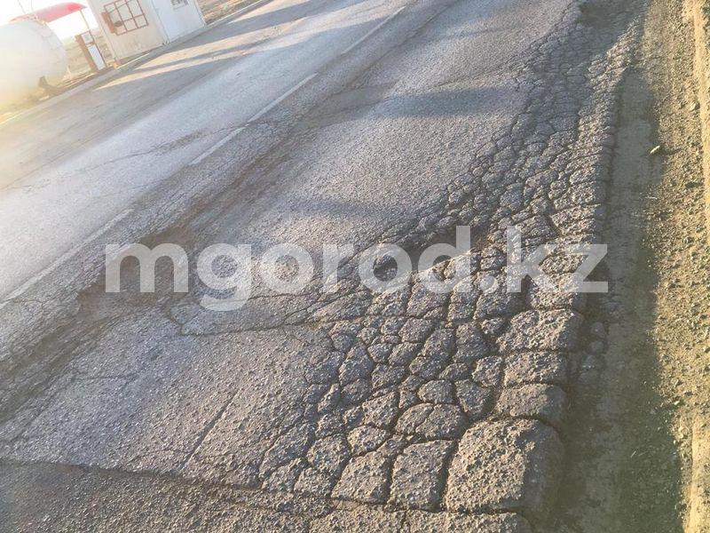 Полицейские Атырау подали в суд на ЖКХ из-за плохих дорог Полицейские Атырау подали в суд на ЖКХ из-ха плохих дорог