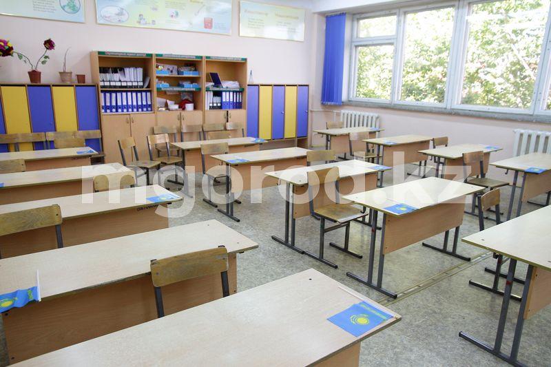 33 класса закрыли на карантин в школах ЗКО 33 класса закрыли на карантин в школах ЗКО