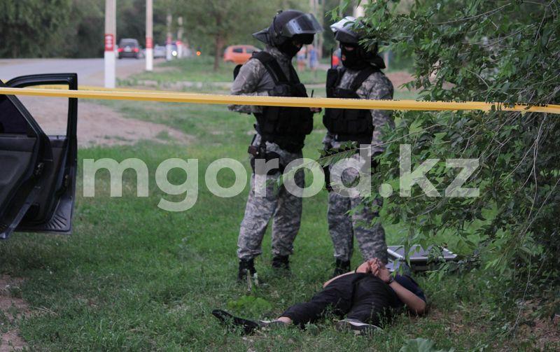 Атырауские полицейские задержали троих преступников, находящихся в международном розыске Атырауские полицейские задержали троих преступников, находящихся в международном розыске