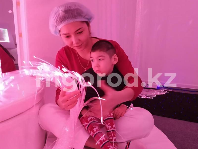 Больному ДЦП мальчику из Уральска собрали полмиллиона тенге 250 тысяч тенге нужно на лечение за границей больному мальчику из Уральска