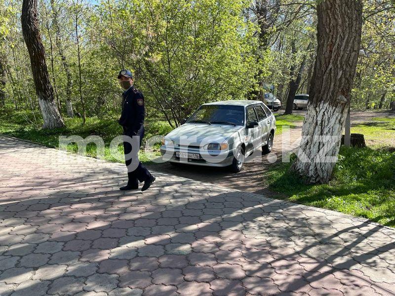 ЧП в городском парке в Уральске: восемь детей получили травмы, катаясь на карусели (видео) Восемь детей получили травмы, катаясь на карусели в парке в Уральске