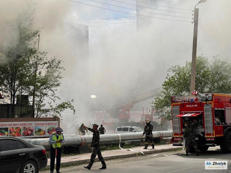 В Атырау горит ресторан В Атырау горит ресторан
