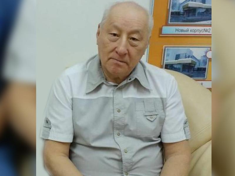 В Уральске скончался известный пластический хирург Юрий Хван В Уральске скончался известный пластический хирург Юрий Хван