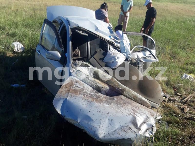 Три человека скончались в ДТП с грузовой машиной Три человека скончались в ДТП с грузовой машиной