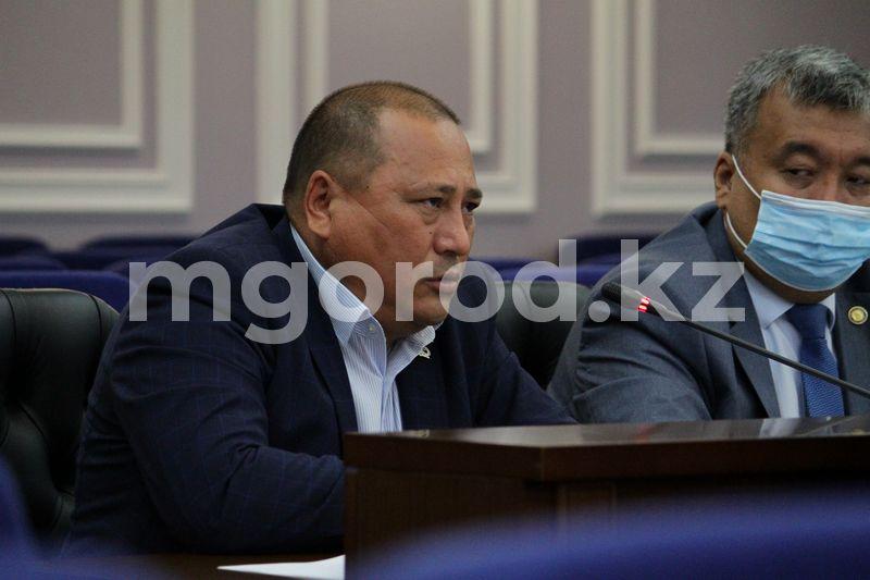 Депутат возмутился ходом строительства дорог в районах ЗКО Депутат возмутился ходом строительство дорог в районах ЗКО