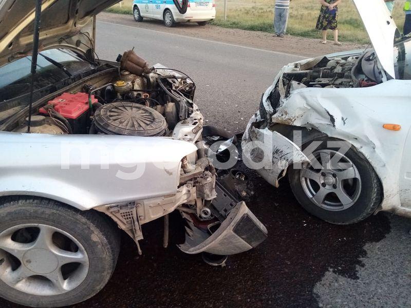 Два человека погибли в ДТП на трассе Атырау - Уральск Годовалый ребенок пострадал в аварии в ЗКО
