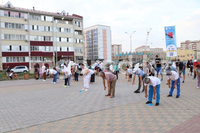Уральцам показали, как делать гимнастику дыхательных путей Уральцам показали, как делать гимнастику дыхательных путей