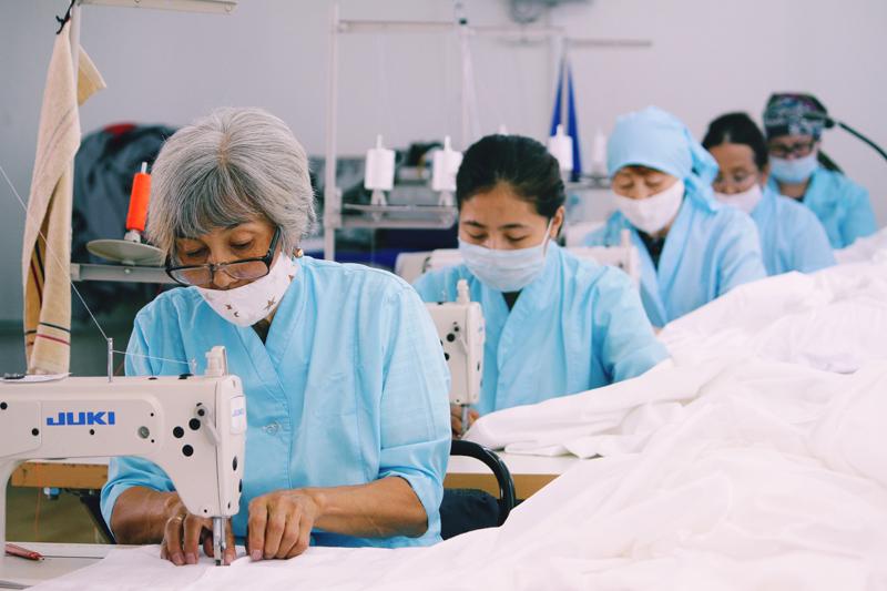 Качественную и гипоаллергенную школьную форму предлагает швейная фабрика «Диана» Качественную и гипоаллергенную школьную форму предлагает швейная фабрика «Диана»