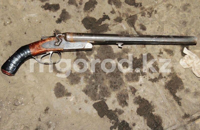 В ЗКО школьник выстрелил в себя из карабина В ЗКО подросток выстрелил в себя из карабина