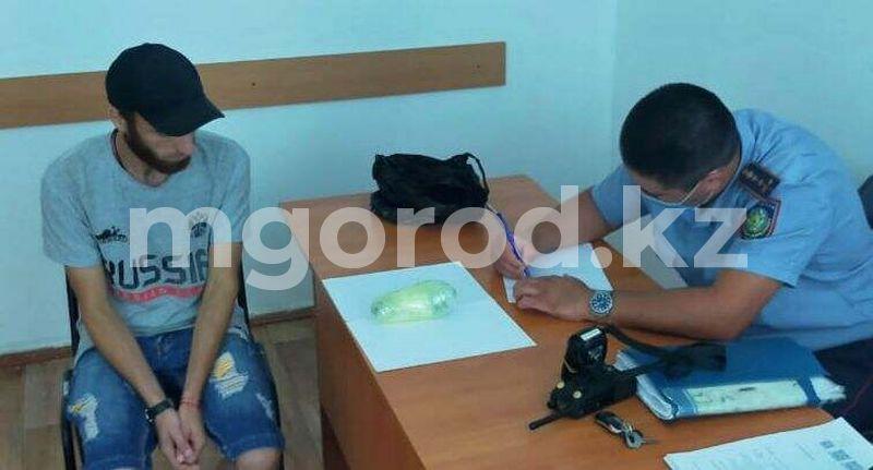 Наркотики пытались перебросить в колонию Уральска Наркотики пытались перебросить в колонию Уральска