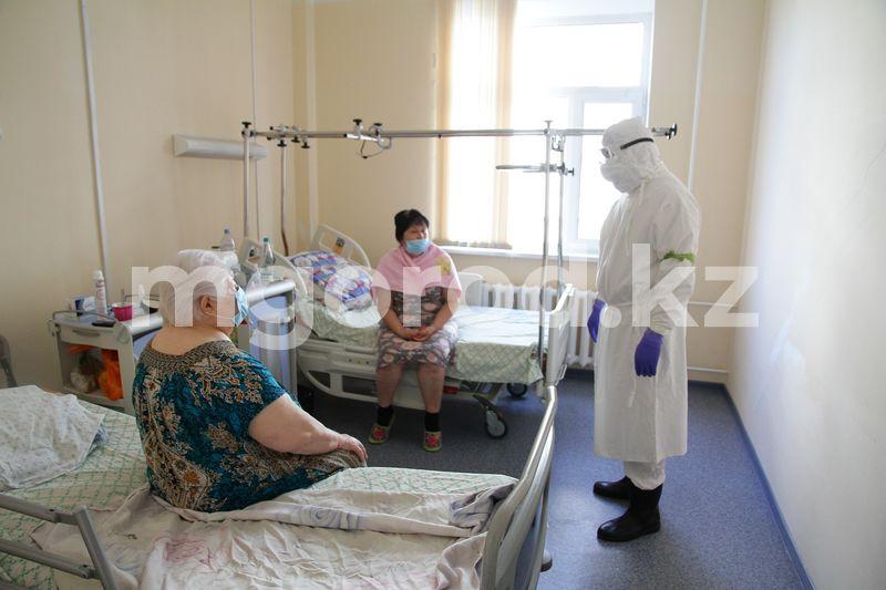 Нынешнее течение болезни более агрессивное. Что происходит в ковидном стационаре в Уральске (фото) (без названия)