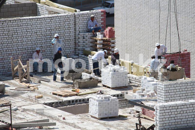 Скоро некому будет строить дома - в Казахстане вновь заговорили о дефиците строителей Скоро некому будет строить дома - в Казахстане вновь заговорили о дефиците строителей