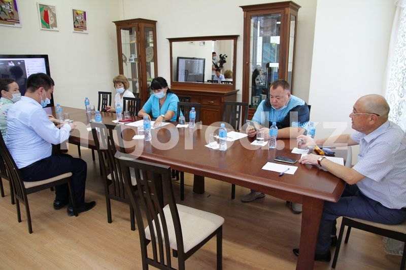 В Уральске обсудили выборы сельских акимов В Уральске обсудили выборы сельских акимов