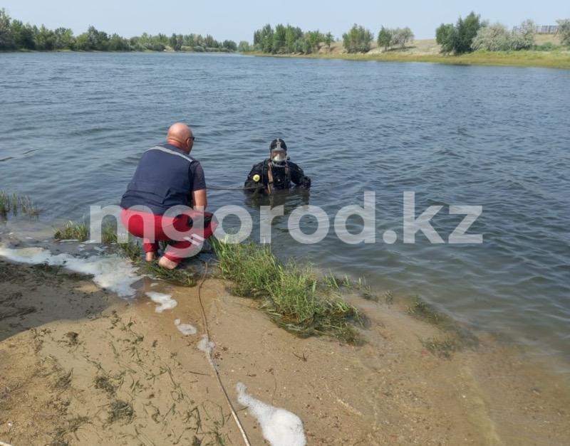 Житель ЗКО утонул, спасая племянницу Житель ЗКО утонул, спасая племянницу