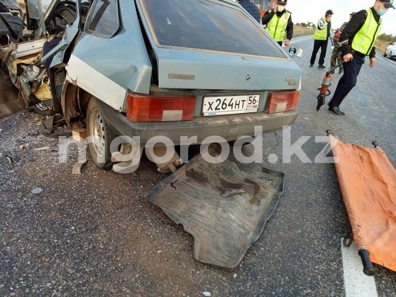 Два человека погибли в жутком ДТП в Актюбинской области Два человека скончались в жутком ДТП в Актюбинской области