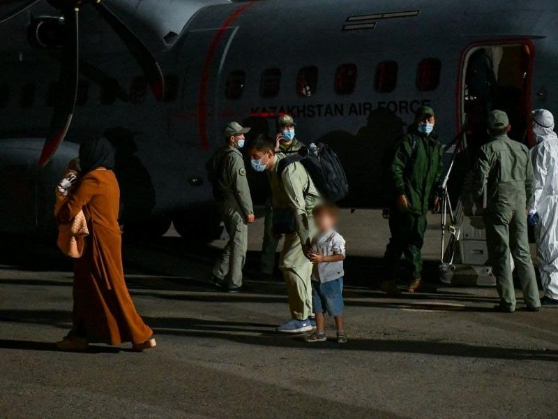 Из Афганистана эвакуировали 35 этнических казахов Из Афганистана эвакуировали 35 этнических казахов