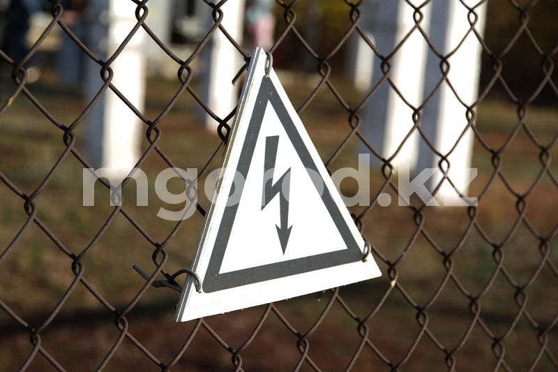 В Атырауской области 11-летнего мальчика ударило током в парке 11-летнего мальчика ударило током в парке в Атырауской области