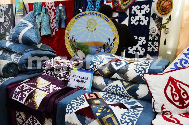 Впервые в Уральске прошла ярмарка национальных изделий Впервые прошла ярмарка национальных изделий в Уральске